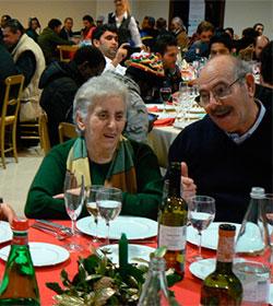 Mensajeros de la Paz ofrece en Roma un almuerzo de Navidad a 400 ancianos, indigentes y personas sin techo
