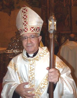 Mons. Martínez Sacristán: «No os acomplejéis si os llaman reaccionarios por defender la vida humana»