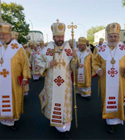 Los obispos católicos de Ucrania apoyan el derecho a manifestarse contra el gobierno