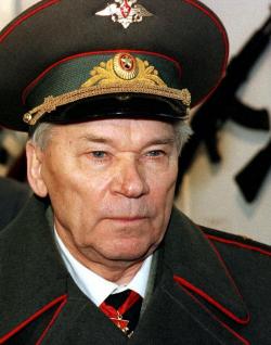 Mijail Kalashnikov reconoció a la Iglesia ortodoxa rusa su remordimiento por inventar el AK-47