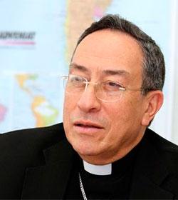 El cardenal Rodríguez Maradiaga apoya la subida de impuestos en Honduras