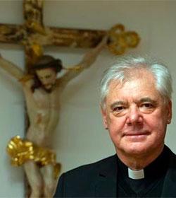 Mons. Müller asegura que el Papa no ha dado la señal para una revolución en el Vaticano