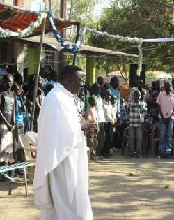 Sudán del Sur: «en un mes de combates se han destruido todas las estructuras construidas en ocho años de sacrificio»