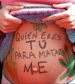 Madrid: tres dotaciones policiales para impedir que se hable ante un abortorio