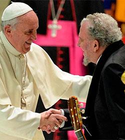 Ambiente festivo en el envío del Papa a las familias del Camino Neocatecumenal