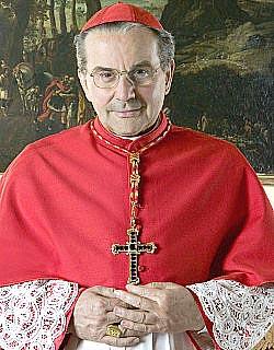 El cardenal Caffarra recuerda que Juan Pablo II ratificó que ningún Papa puede romper el vínculo matrimonial