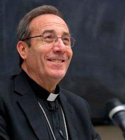 Mons. Francisco Pérez: «Se tienta a Dios creyendo que está en nuestras manos la vida»