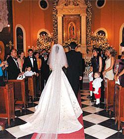 Los obispos piden que la preparación al matrimonio sea más larga y severa aun a riesgo de que haya menos bodas