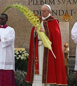El Papa alienta a meditar en Semana Santa sobre quiénes somos frente a Jesús que sufre