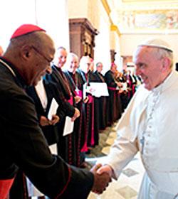 El Papa defiende el derecho a la vida y la indisolubilidad del matrimonio ante obispos africanos