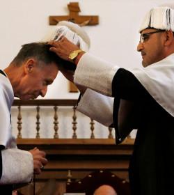 Mons. Ladaria recibe el doctorado Honoris Causa por la Universidad Pontificia de Salamanca