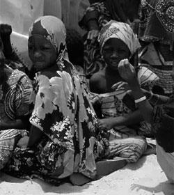 Casi 200 niñas permanecen secuestradas en Nigeria desde Semana Santa