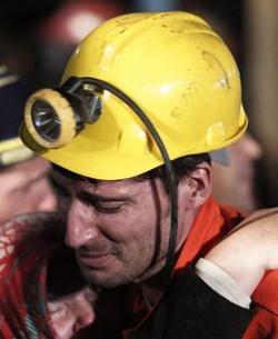 El Papa pide que se aúnen esfuerzos para evitar tragedias como la de los mineros turcos y los náufragos en el Mediterráneo