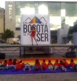 Bogotá: movilización ciudadana contra un anuncio de la Alcaldía a favor de la comunidad LGTBI