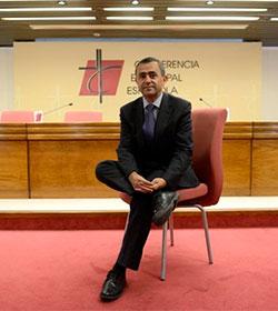 Fernando Giménez Barriocanal: «La Iglesia no tiene privilegios, sólo hay que ver cómo viven los sacerdotes españoles»