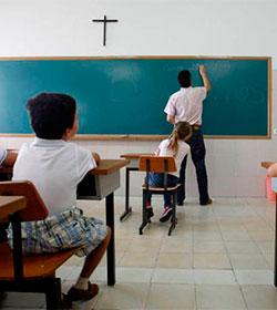 La CEE denuncia una intransigencia feroz en España hacia la dimensión religiosa del hombre