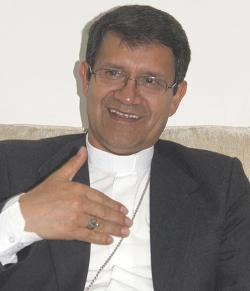 Ecuador: el arzobispo de Cuenca asegura que la Iglesia tiene derecho a exponer su doctrina sobre el matrimonio