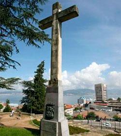El Constitucional ni siquiera admite a trámite el recurso para retirar la Cruz de O Castro en Vigo