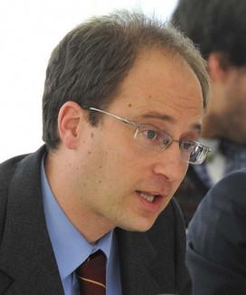 Bruno de Salvador a Rajoy: «si te queda algo de dignidad, elimina de los estatutos del PP la defensa de la vida»