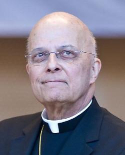 El cardenal George pide a los católicos enfrentarse a los que quieren deportar a niños centroamericanos