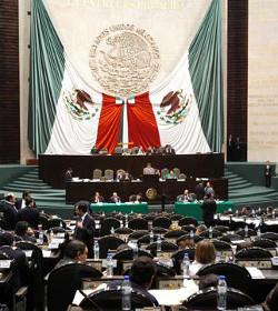 El parlamento de México vota hoy una ley que violaría la potestad de los padres en materia de educación sexual