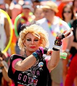 Argentina: Proponen subsidios para travestis y transexuales