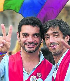 El primer «matrimonio» gay en Argentina fue una farsa