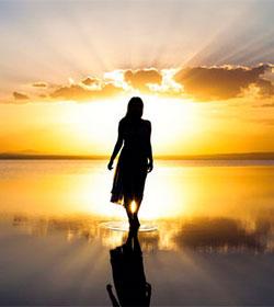 «En el Evangelio está la esencia de la liberación de la mujer»
