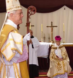 Mons. Williamson vuelve a incurrir en el delito de cisma al consagrar ilícitamente a un obispo