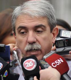 El jefe de gabinete del gobierno argentino asegura que el aborto no está en su agenda