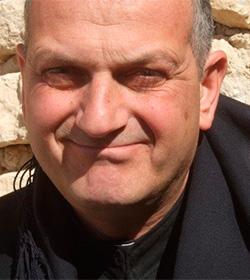 AIN invita a orar por un sacerdote secuestrado en Siria y por el pueblo sirio