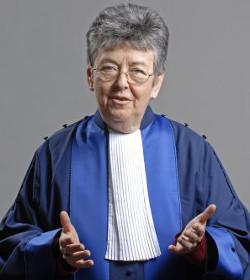 La representante de Costa Rica ante la Corte Interamericana de DD.HH. es abortista y pro lobby gay