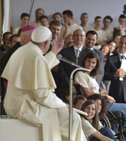 El Papa a los jóvenes: «¡Sean castos!»
