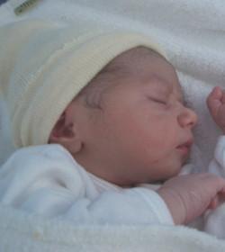 Perú: una mujer legalmente reconocida como varón da a luz un niño