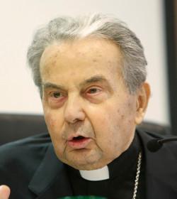 El cardenal Caffarra asegura que el capítulo VIII de Amoris Laetitia no es «objetivamente» claro