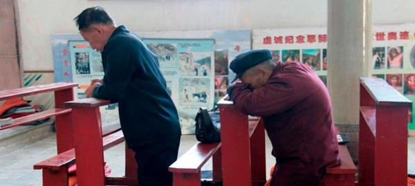 Sobre las informaciones de capitulación del Vaticano ante Pekín