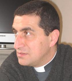 El director de Cáritas Líbano denuncia a los países del Golfo por no acoger refugiados