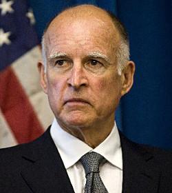 El gobernador «católico» de California firma la ley que legaliza la eutanasia en el estado