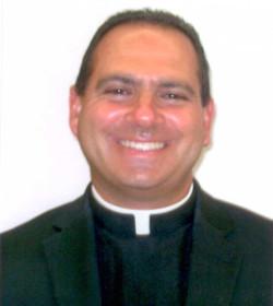 La Santa Sede retira el pase de prensa a un sacerdote por cuestionar a un arzobispo en el Sínodo