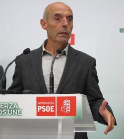 Al diputado socialista Antonio Hurtado le da vergüenza que el obispo de Córdoba explique la fe católica