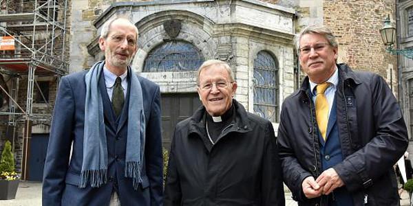 El cardenal Kasper asegura que está abierta la puerta a la comunión de los divorciados vueltos a casar