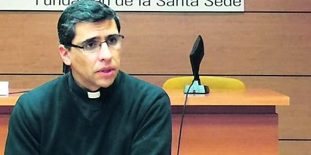 P. Rodrigo Miranda: Los cristianos degollados, bombardeados y perseguidos «jamás se quejan»