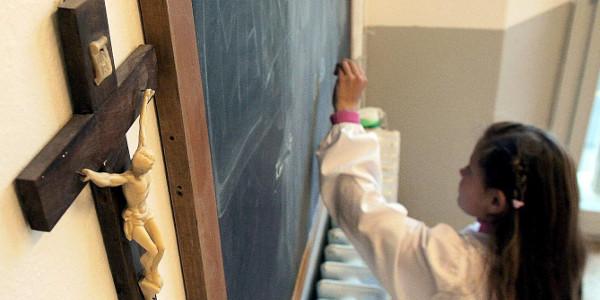 El TSJA ordena mantener las clases de religión en Aragón como el curso pasado