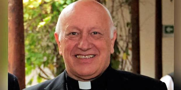El senado chileno estudia retirar la nacionalidad al cardenal Ezzati
