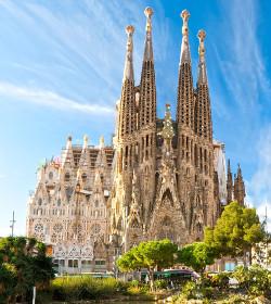 El arzobispo de Barcelona establece el culto habitual en la Sagrada Família