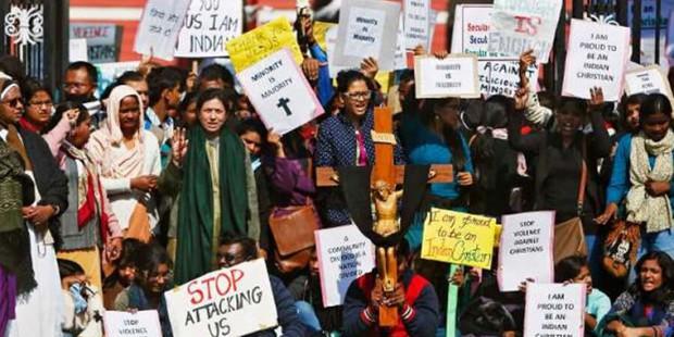 Radicales sij asesinan a hachazos a una cristiana en la India por profanar uno de sus textos sagrados