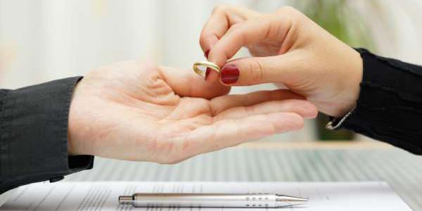 Aumenta ligeramente el número de divorcios en España