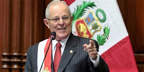 El presidente Kuczynski consagra el Perú al Sagrado Corazón de Jesús