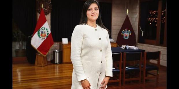 La gobernadora de Arequipa consagra la región al Sagrado Corazón de Jesús y al Inmaculado Corazón de María