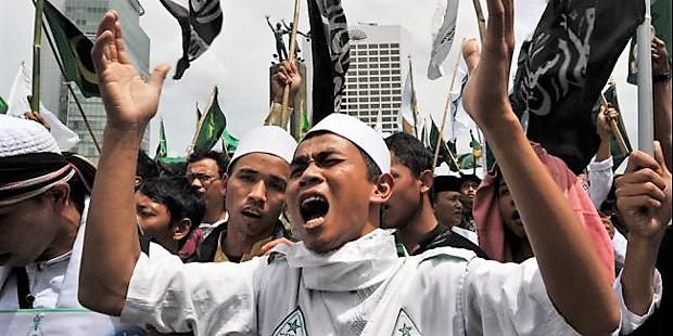Indonesia: «Vamos a quemar la iglesia si las obras continúan adelante»